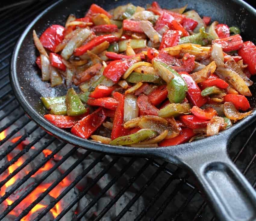 entrees-for-low-carb-keto-eaters-on-the-border-fajitas
